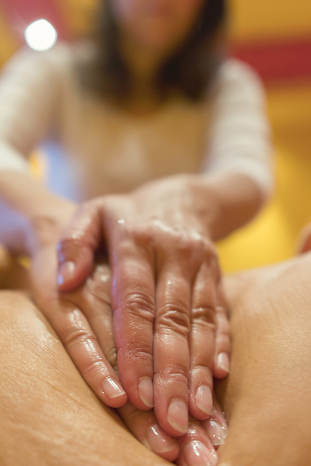 deep-tissue-massage pressure